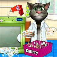 Talking Tom Washing Dishes